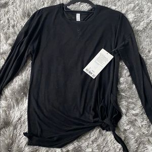 Lululemon long sleeve size 6 NWT side tie shirt